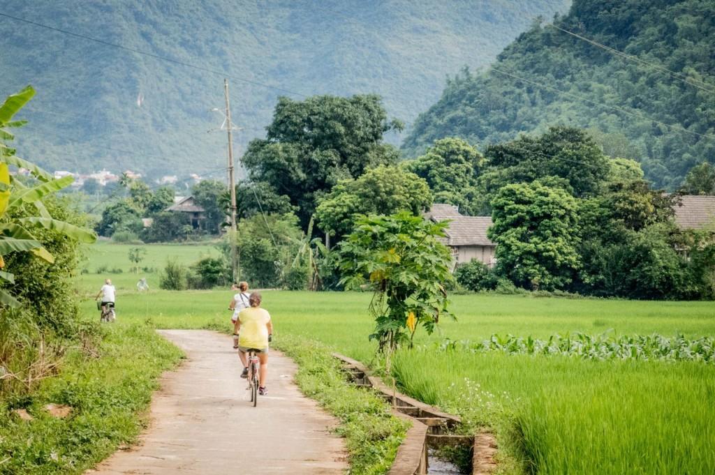 Vallée de Mai Chau-Village Van (Thaï blancs) (325)