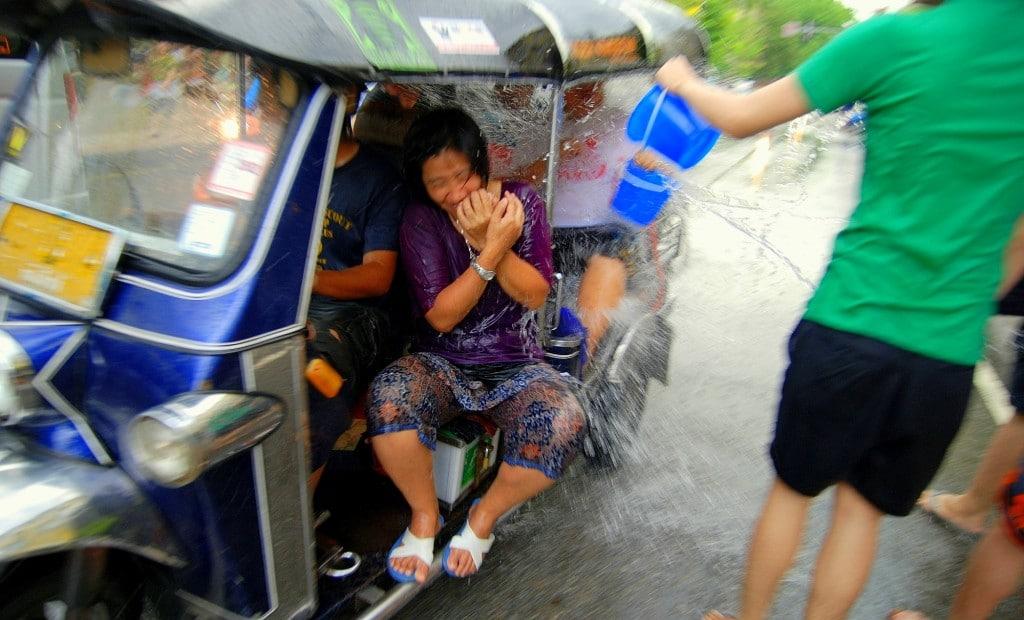 Tuktuk_chiangmai_songkran_05b